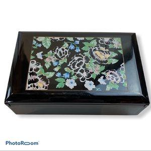 Otagiri Tavistock Laquerware Jewelry Music Box